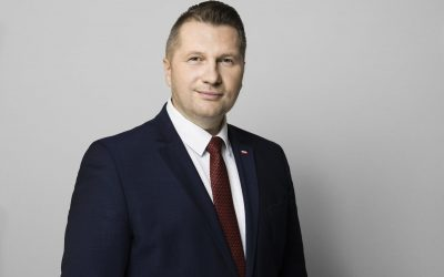 """Dla """"Polska Times"""": mniej biurokracji i zdecydowanie większe wynagrodzenia dla nauczycieli"""